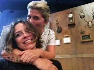 "Selfie con mi compi Maribel Luis "" Silvia Leiva """
